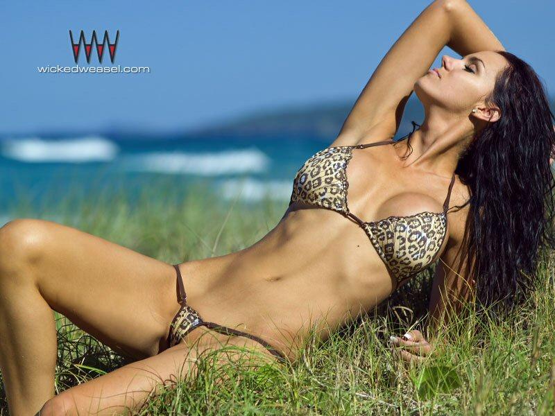 WickedWeasel - Bikini